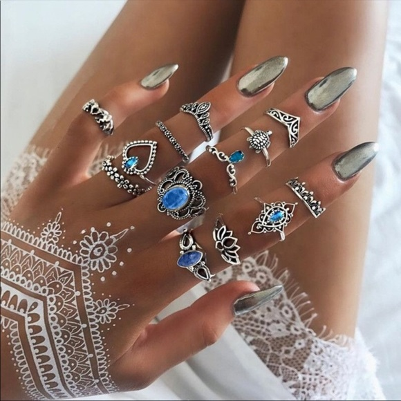 Jewelry - NEW Boho Chic Mixed 13 Piece Ring Set